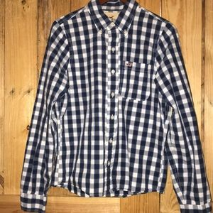 Boys Hollister button down size large.